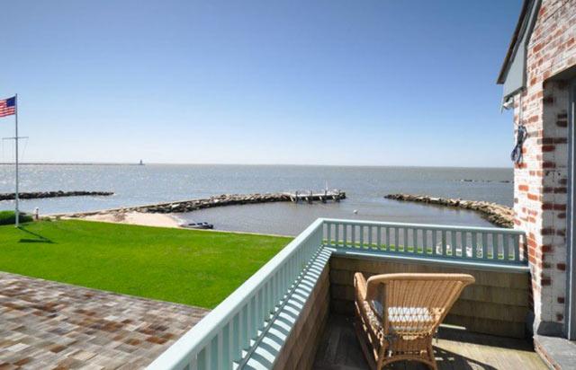 luxury lakefront4