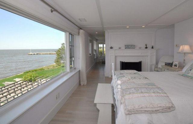 luxury lakefront5